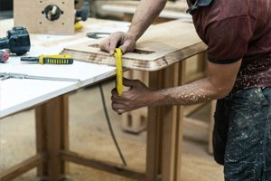 high-quality-plywood-being-crafted