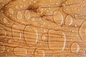 drops of water on waterproof plywood