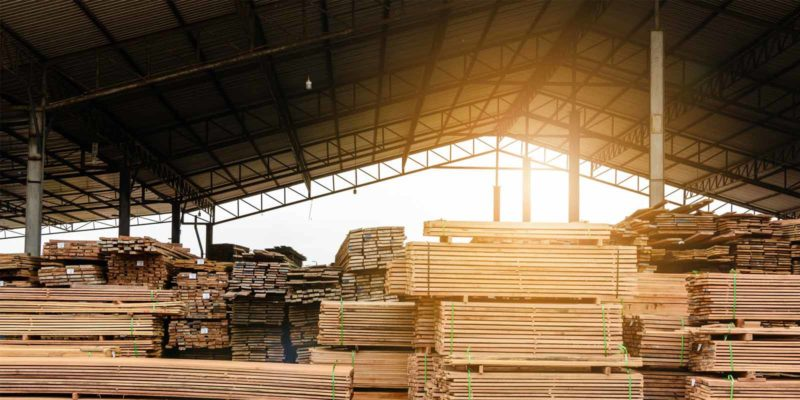wholesale-lumber-in-a-warehouse