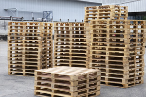 wholesale-lumber-made-into-pallets